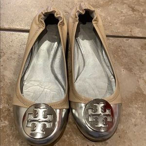 Authentic Tory Burch Flats/ Open to Offers!!:)